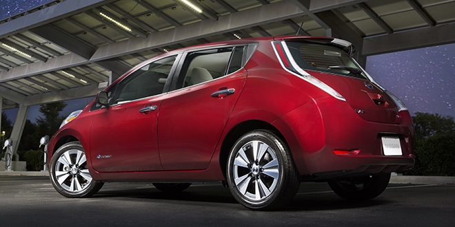 charged evs 2016 leaf offers 107 miles of range. Black Bedroom Furniture Sets. Home Design Ideas
